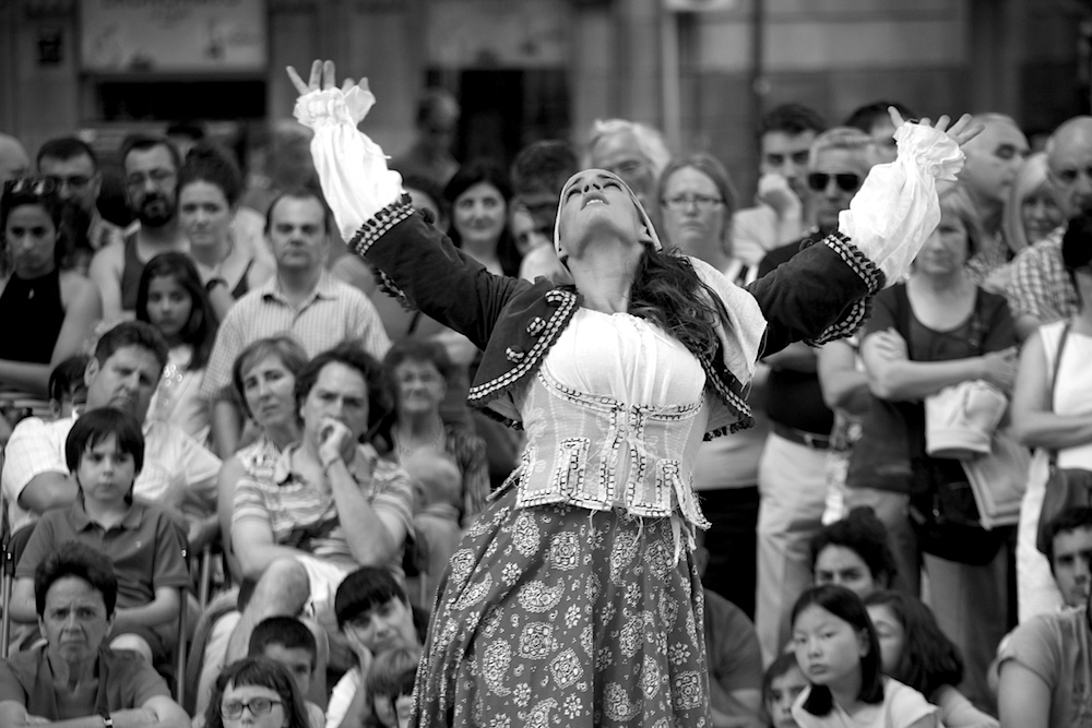 Dancer street photography dance bilbao