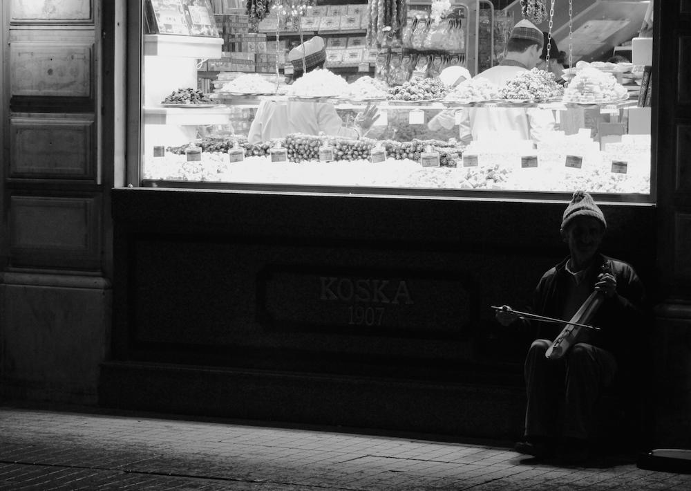 Street musician street photography