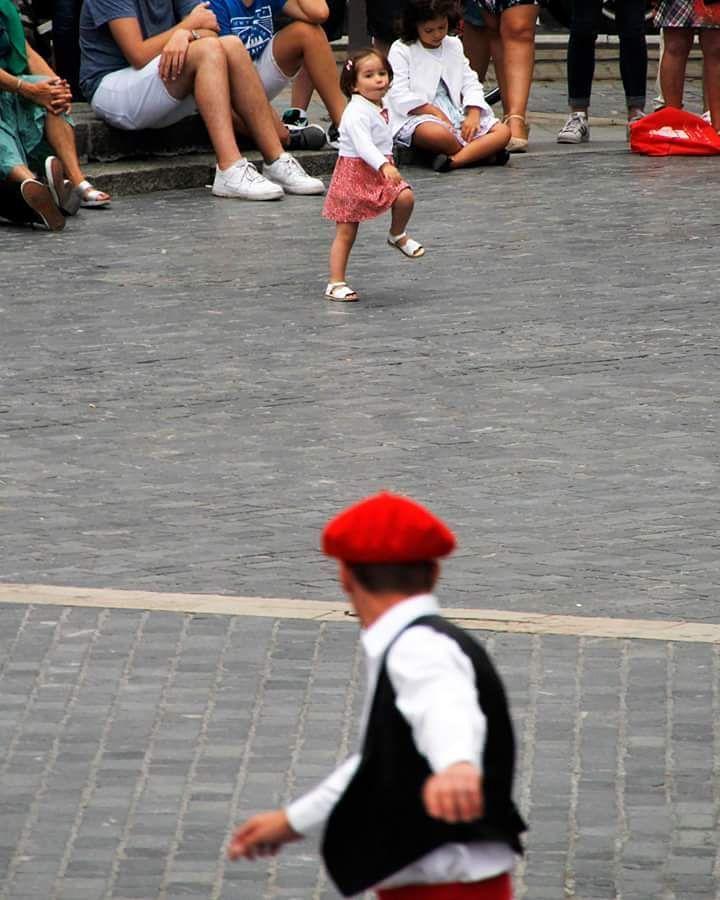 Basque dance